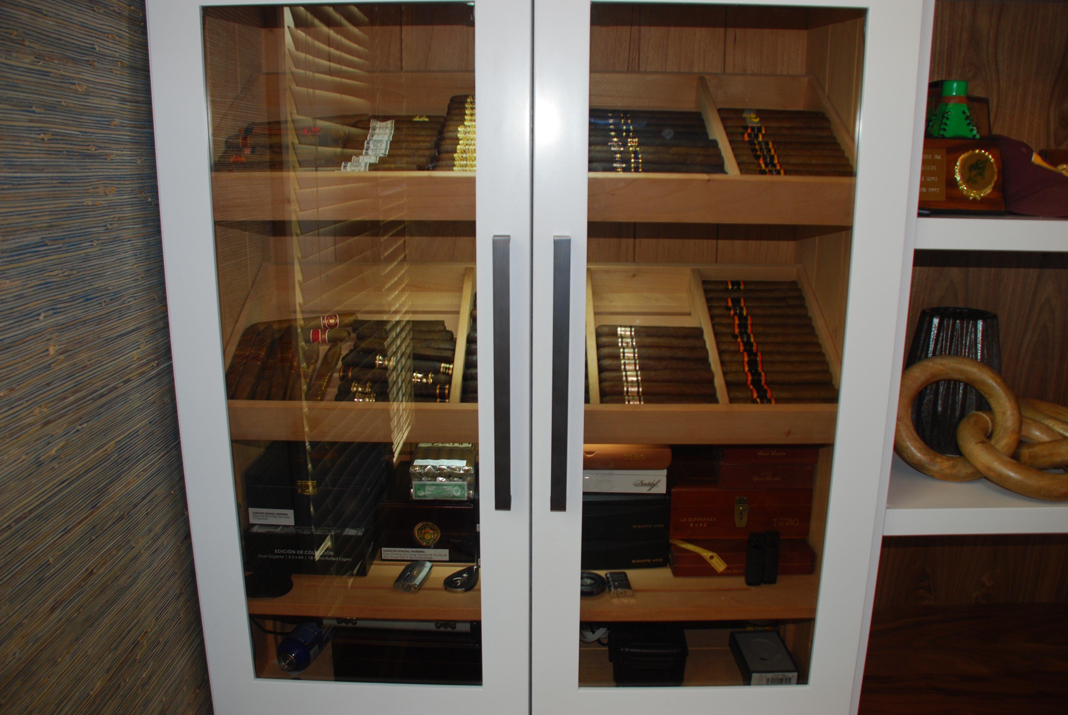 Cabinet Cigar Humidor