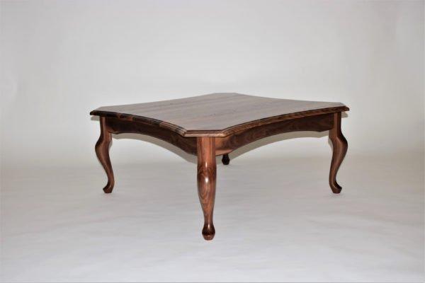 Queen Bela Coffee Table