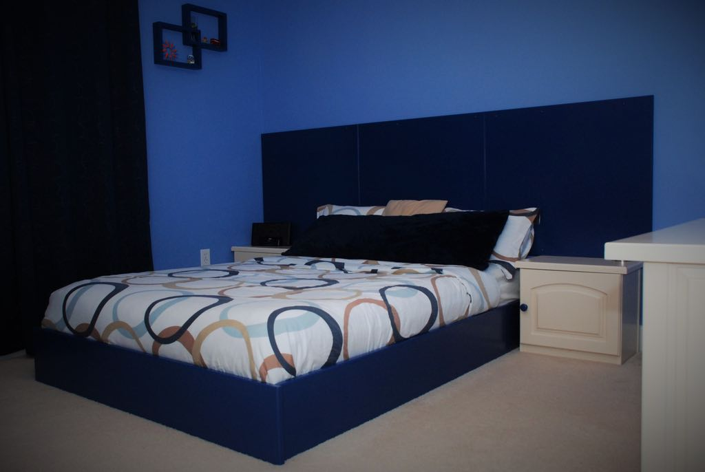 Bedroom Set in Blue